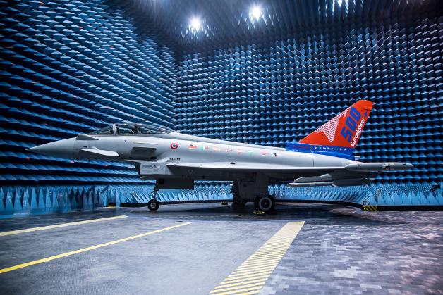 ニュース画像 1枚目:タイフーン戦闘機 500機目を納入