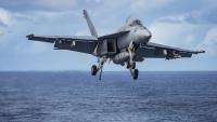 ニュース画像 1枚目:着艦態勢のF/A-18Eスーパーホーネット
