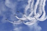 ニュース画像:ブルーインパルス、5月4日と5日の岩国での展示飛行は15時45分から
