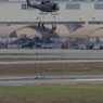 ニュース画像 7枚目:陸上自衛隊UH-1によるラペリング