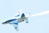 ニュース画像:静浜基地航空祭、2017年は約4万人が来場 T-7やブルーインパルスが飛行