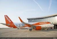 ニュース画像:イージージェット、初のA320neoを受領 A320ファミリーの300機目
