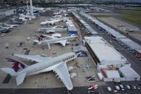 ニュース画像 1枚目:2015年のパリ・エアショーでのカタール航空の展示