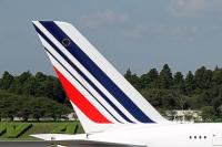 ニュース画像 1枚目:成田空港のエールフランス航空機