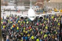 ニュース画像:ボーイング、パリ・エアショーで571機受注 737 MAX 10は361機