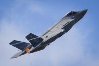 ニュース画像:アメリカ空軍、パリ・エアショーでのF-35A初披露で観客を魅了