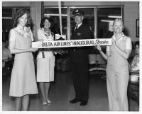 ニュース画像:デルタ航空、デンバー国際空港への就航40周年記念でイベント開催