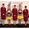 ニュース画像 2枚目:プラハで客室乗務員と民族衣装を着たスタッフ