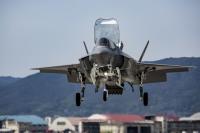 ニュース画像:アメリカ海兵隊F-35B、岩国基地に8月配備分の6機は9月にずれ込み