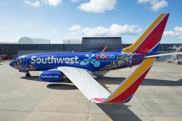ニュース画像 1枚目:サウスウェスト航空 737-700