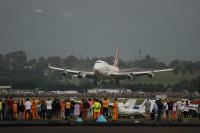 ニュース画像 2枚目:イラワラ空港に最後の着陸をする747-400 VH-OJA