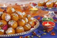 ニュース画像 1枚目:インド路線で提供する特別デザート「ラドゥ」