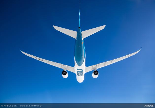 ニュース画像 1枚目:A330-900 初飛行