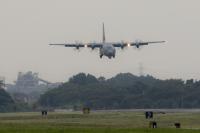 ニュース画像 1枚目:横田基地のC-130J