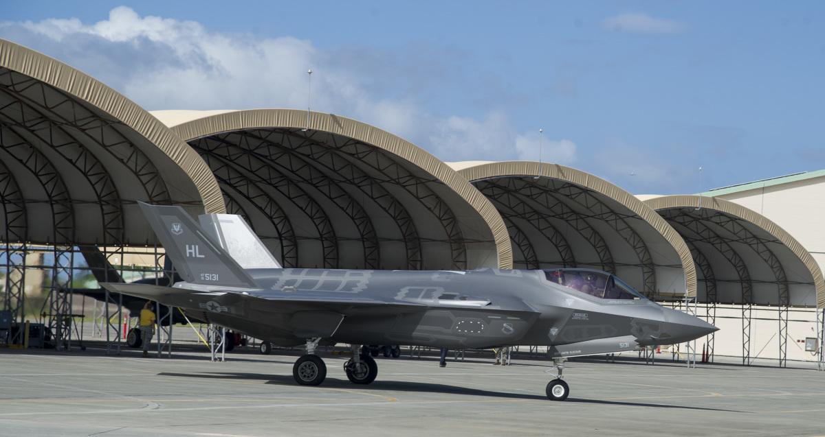 アメリカ空軍、11月はじめから嘉手納基地にF-35Aを12機展開へ | FlyTeam ニュース