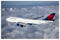 ニュース画像:デルタ航空、747-400で運航する最終便が到着 N669USで運航