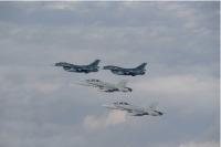 ニュース画像 1枚目:航空自衛隊F-2と海兵隊F/A-18