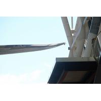 ニュース画像 4枚目:翼端と「FLIHT OF DREAMS」建物内壁との距離は僅か