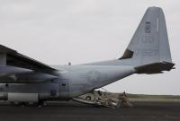 ニュース画像:アメリカ海兵隊VMGR-152、硫黄島慰霊祭を支援