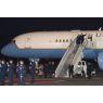ニュース画像 1枚目:横田基地に到着したVC-25「99-0004」