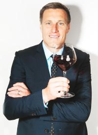 ニュース画像:アメリカン航空、マスターソムリエのボビー・スタッキー氏がワイン監修