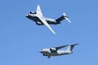 ニュース画像:ブルーホエール、美保航空祭で展示飛行 新編の陸自第3飛行隊も参加