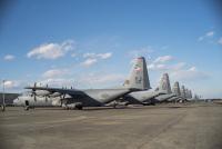 ニュース画像 1枚目:横田基地に配備されているC-130Jスーパーハーキュリーズ