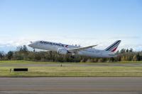ニュース画像:エールフランス航空、運航乗務員組合と787の訓練に関する紛争で合意