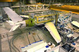ニュース画像 1枚目:A380の組み立て時の様子
