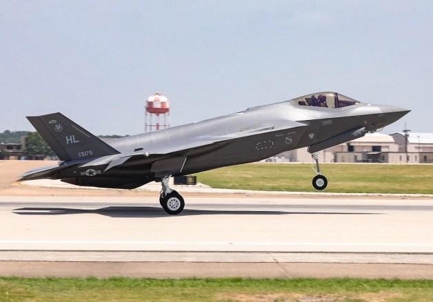ニュース画像 1枚目:300機目のF-35