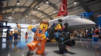 ニュース画像 1枚目:ターキッシュ・エアラインズ、LEGOの機内安全ビデオ