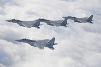ニュース画像:小松基地航空祭、事前訓練を実施 機動飛行や12機の大編隊飛行