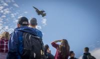 ニュース画像 1枚目:天ヶ森射爆撃場を通過するF-16