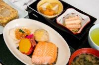 ニュース画像:JAL、国内線ファーストで「グランディア芳泉」監修メニューを提供