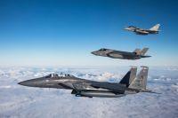 ニュース画像:ダムバスターズのF-35B、米F-15Eや仏ラファールと初訓練