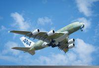 ニュース画像:ANAのA380、塗装作業を開始