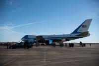 ニュース画像:89AW、VC-25Aでブッシュ前大統領の追悼飛行