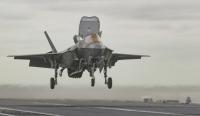 ニュース画像:いずも型「空母化」、中期防の2023年度までF-35Bは18機整備