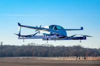 ニュース画像:ボーイング、電動有人試験機で初の飛行試験 空中浮揚や垂直離発着