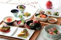 ニュース画像:シンガポール航空、村田シェフ考案「桜」テーマの機内食 期間限定で提供