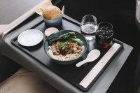 ニュース画像 1枚目:新たな香港フレーバー「米粉麺のローストダック添え」