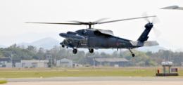 ニュース画像 1枚目:芦屋基地を離陸するUH-60J イメージ