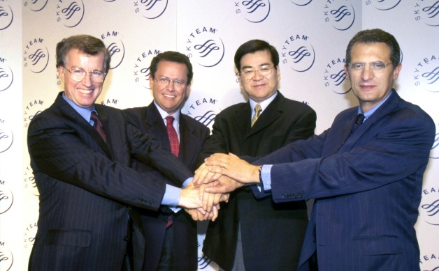 ニュース画像 4枚目:2000年6月23日、スカイチーム結成