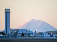 ニュース画像 1枚目:ボーイングの工場の雰囲気を楽しめるペインフィールド空港