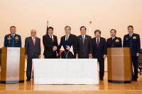 ニュース画像:フィリピンへUH-1H部品の無償譲渡で式典、原田防衛副大臣などが出席