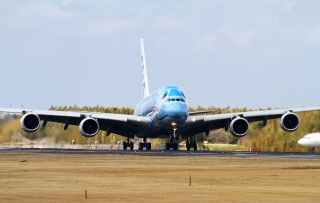 ニュース画像 1枚目:到着したA380