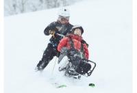 ニュース画像 1枚目:車いすで雪あそび イメージ