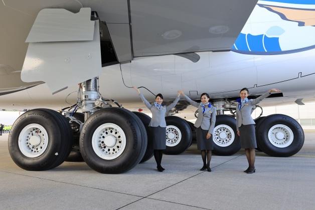 ニュース画像 1枚目:MICHELIN Air Xを装着したANAのA380
