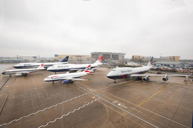 ニュース画像:ブリティッシュ・エア、100周年の特別塗装4機勢ぞろい 5万人が搭乗