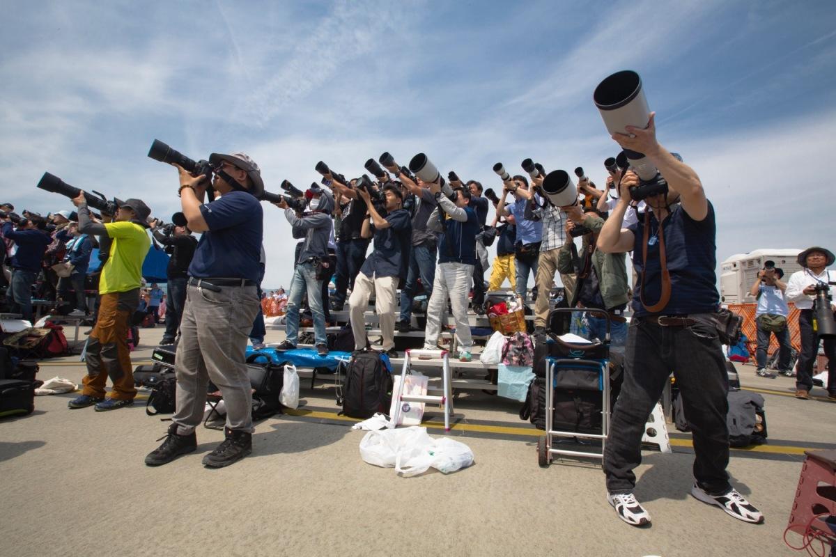 ニュース画像 1枚目:多くの人がさまざまな航空機を満喫
